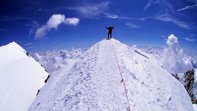 Walliser Alpen: Ludwigshöhe im Monte-Rosa-Massiv