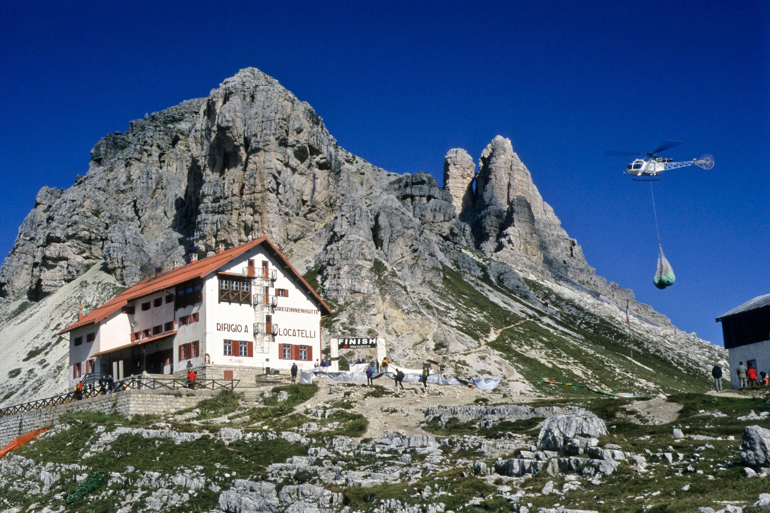 newest ea2dc 68794 Wie kommt das Material auf die Hütte? | Bergwelten