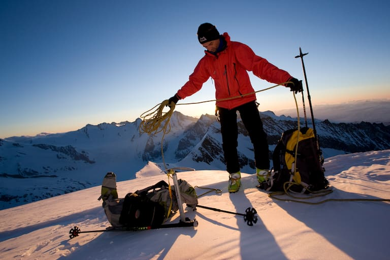 Skihochtour: Wintersportler am Aletschhorn in den Berner Alpen