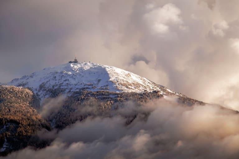 In der Nacht auf Samstag sind am Patscherkofel bei Innsbruck Föhn-Böen über 150 km/h zu erwarten