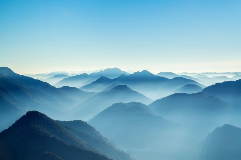 Ausblick vom Gipfel des Roßstein auf die Tegernseer Berge
