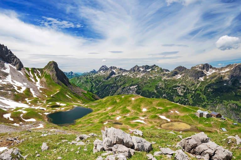 Die Rappenseehütte (2.091 m) in den Allgäuer Alpen
