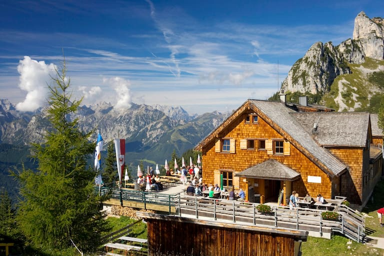 Die Erfurter Hütte im Rofangebirge (Tirol)