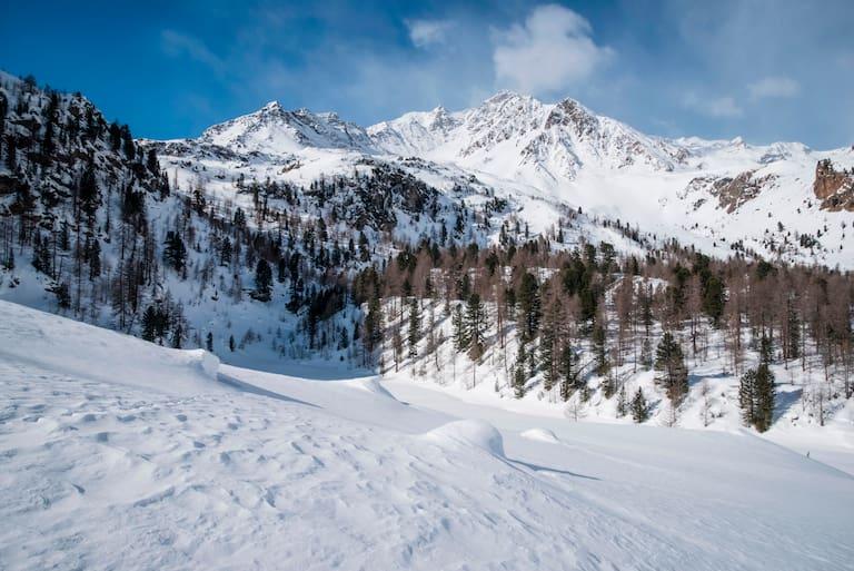 Schneeschuhwandern im idyllischen Südtiroler Ultental