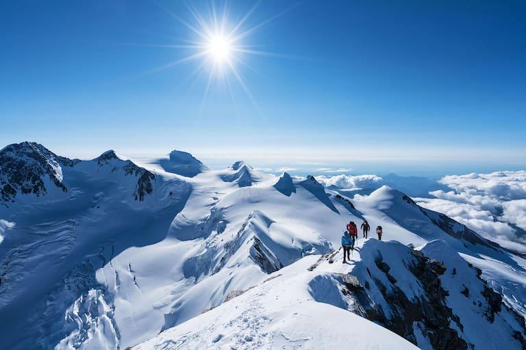 Vincentpyramide: Bergsteiger im italienischen Monte-Rosa-Massiv