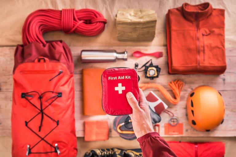 Notfallausrüstung: Erste Hilfe-Set