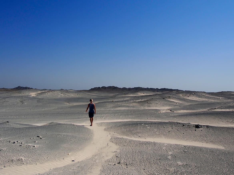 So irgendwie muss es auf den Mond ausschauen: Auf der Insel Masirah. Oman Klettern Wandern Bergwelten Schöpf