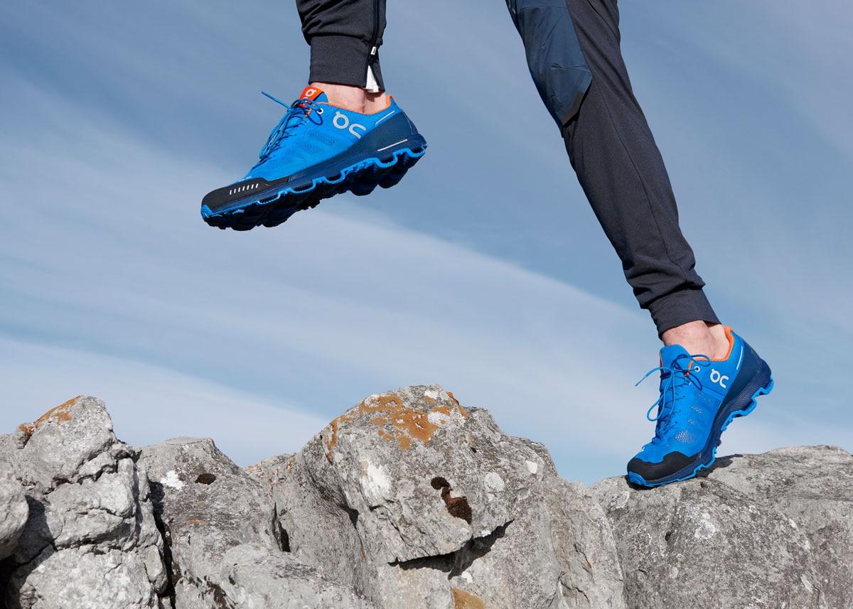 Egal ob über Stock und stein, der Cloudventure von On bringt euch sicher  ans Ziel. Folgende Features machen den On Cloudventure zum Trailrunningschuh  ... 0671747cd3