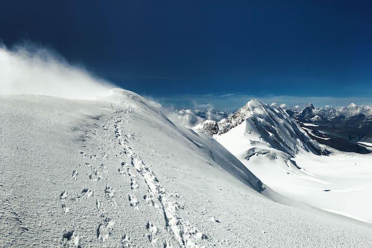 Parrotspitze im Monte Rosa-Massiv: Gipfelpanorama