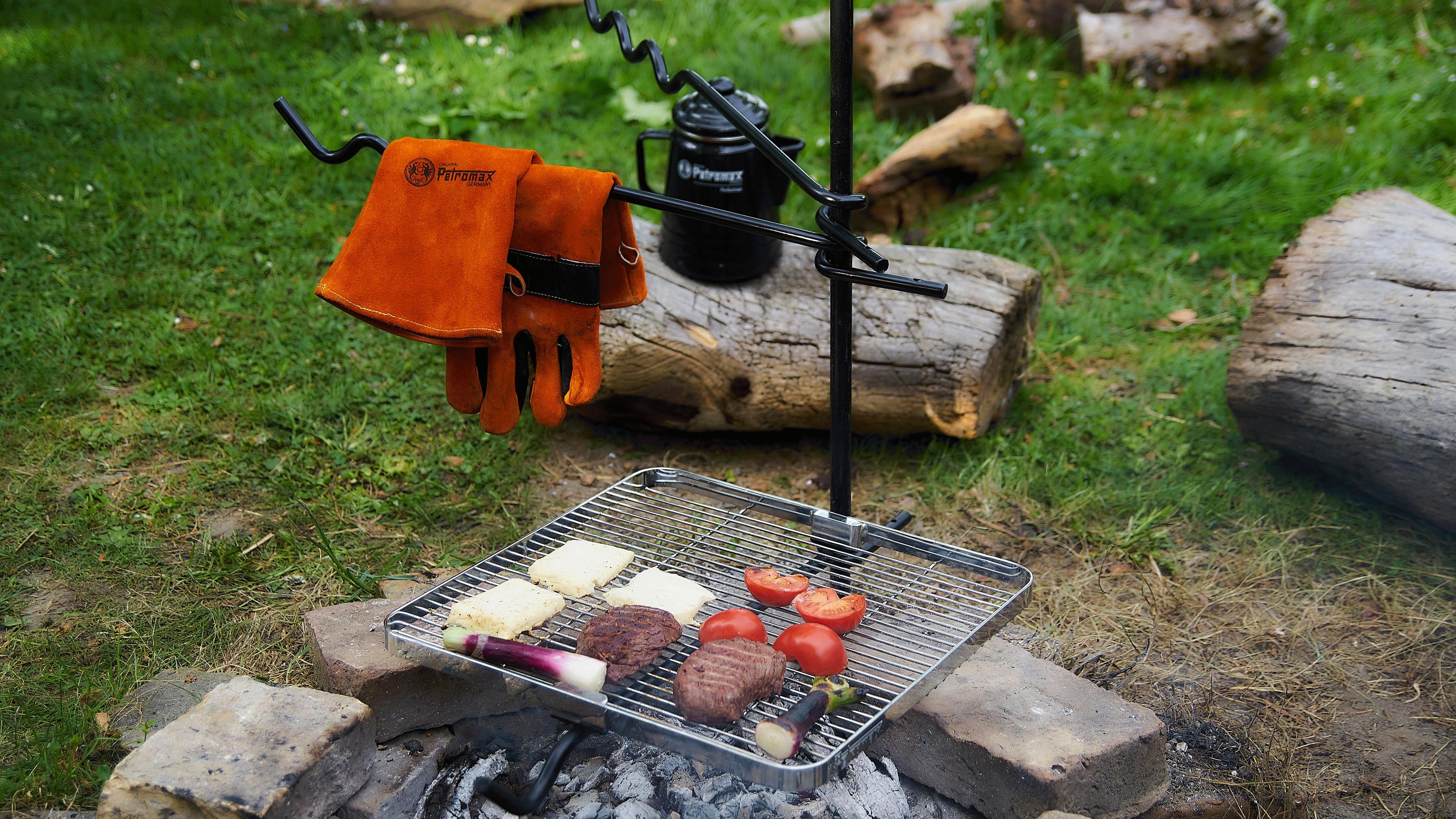 Outdoor Küche Weber Kugelgrill : Dinge für die outdoor küche bergwelten