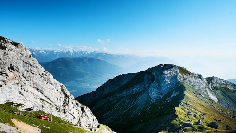 Wandern am Aussichtsberg Pilatus bei Luzern