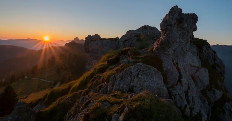 Sonnenaufgang auf dem Pürschling in den Ammergauer Alpen, Oberbayern