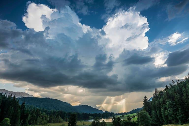 Krün bei Mittenwald: Schlechtwetter im Karwendel