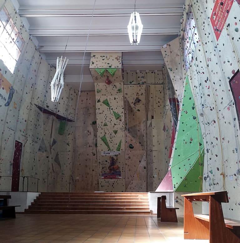 Die Kletterkirche Mönchengladbach
