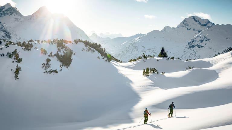 Skitourengeher am Arlberg