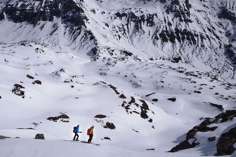 Skitourengeher bei Obertauern in den Radstädter Tauern