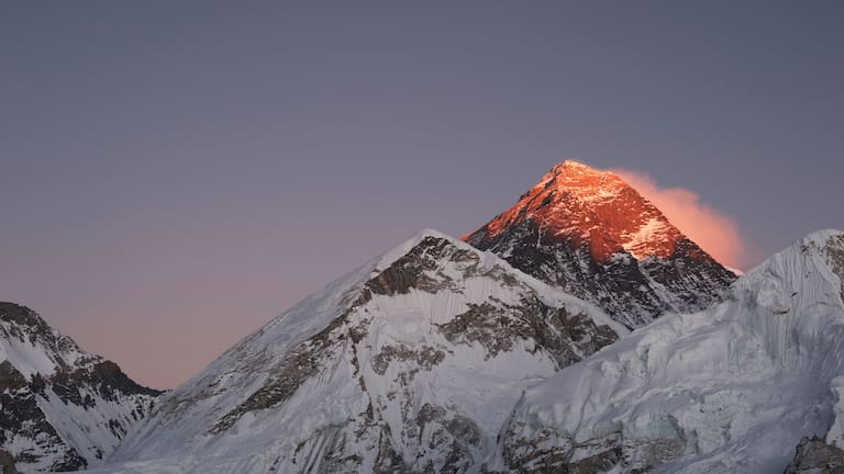 Sonnenuntergang am Mount Everest im Himalaya