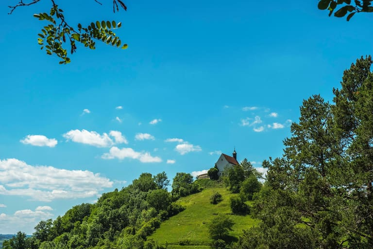 Baden-Württemberg: Wurmlinger Kapelle am Spitzbergwegle