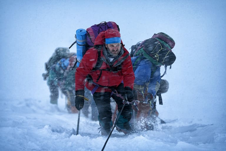 Everest: Anstieg im Sturm