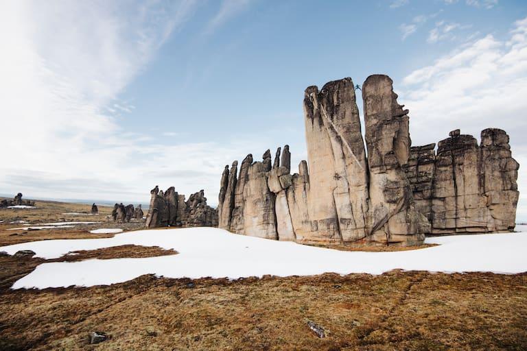 Unbekanntes Land und ungewisser Fels: eine Kletterexpeditionen der besonderen Art