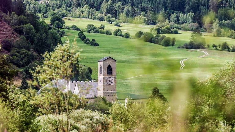 Naturlehrpfad Müstair: Wandern im Val Müstair im Kanton Graubünden