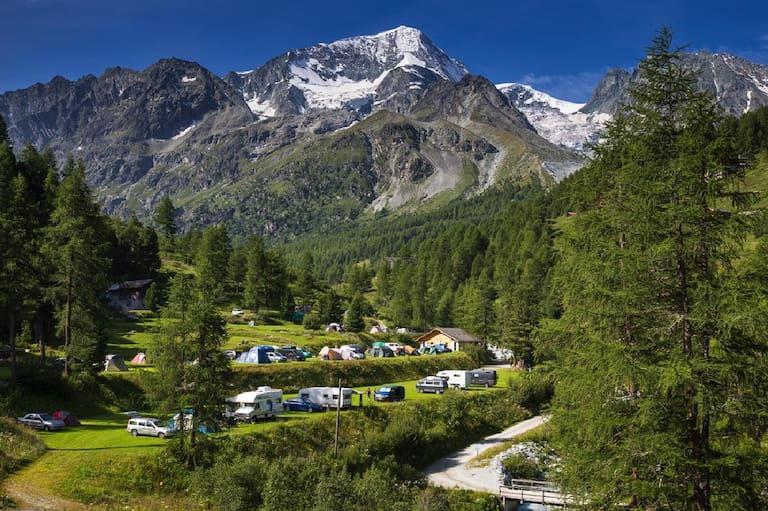 Der höchstgelegene Campingplatz Europas: Camping Arolla