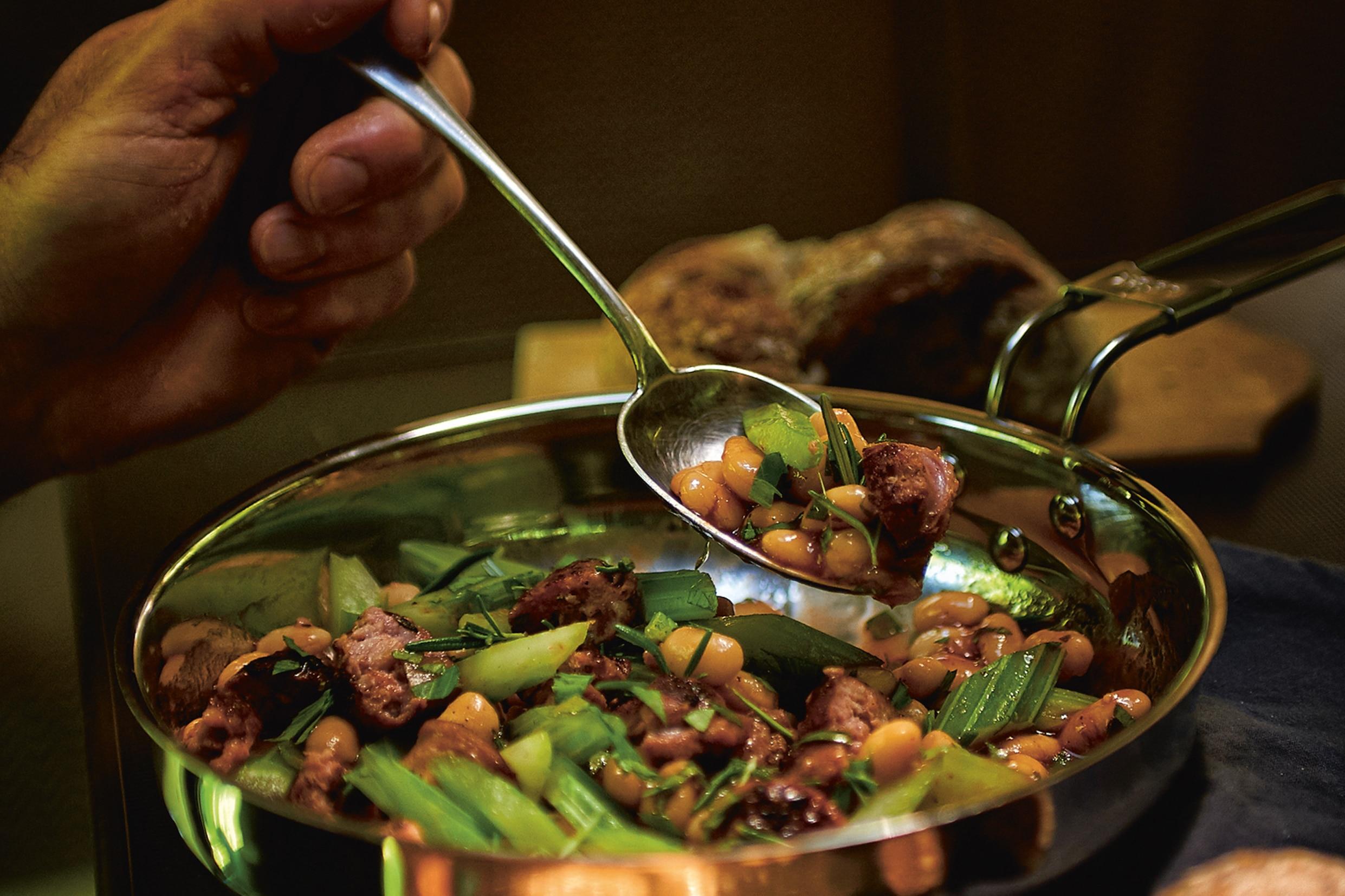 Outdoor Küche Rezepte : Outdoor rezept camping tiramisu bergwelten