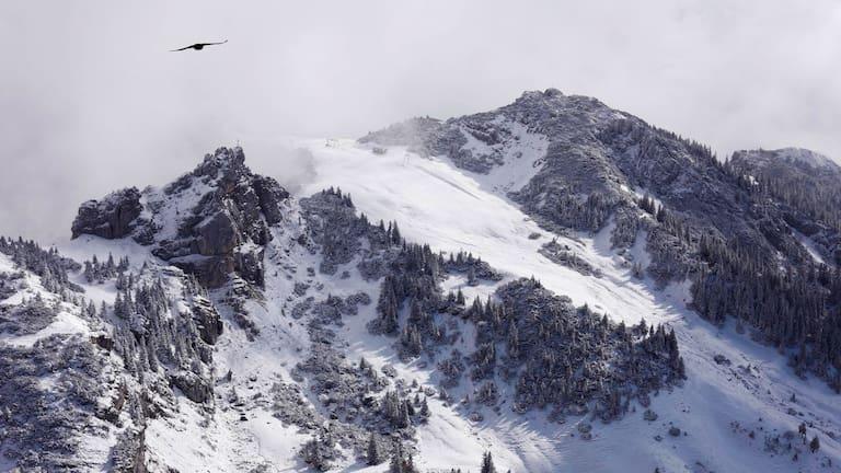 Bayerische Voralpen: Blick aufs Wildalpjoch im Winter
