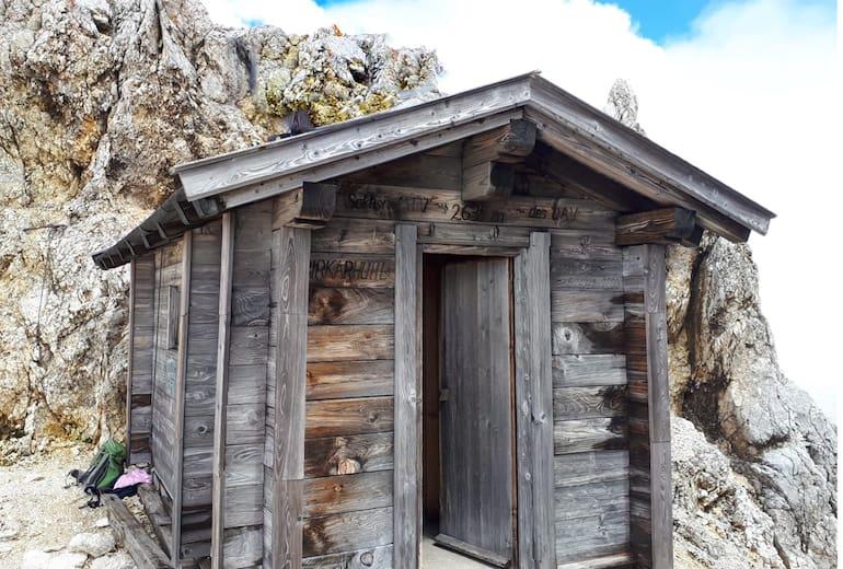 Die Birkkarhütte ist eine reine Notunterkunft