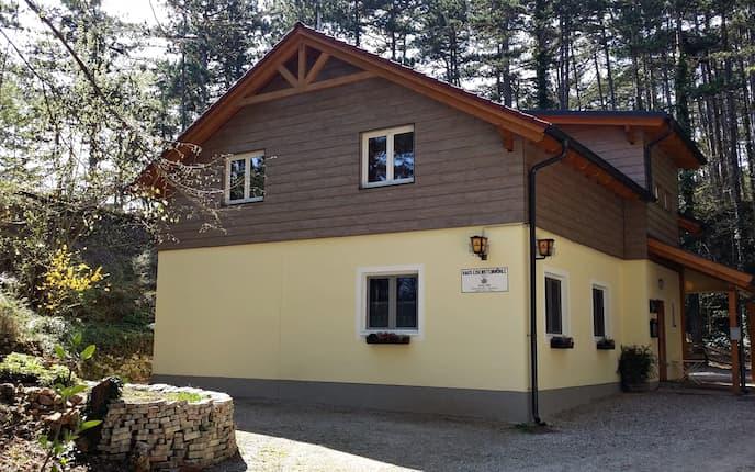 Haus Eisenstein - die niedrigste Alpenvereinshütte Österreichs