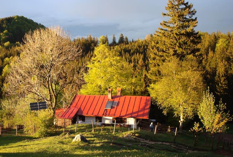 Die Gumpertsberger Hütte (943 m) in den Chiemgauer Alpen