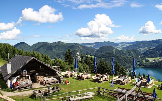 Die Lärchenhütte am Zwölferhorn