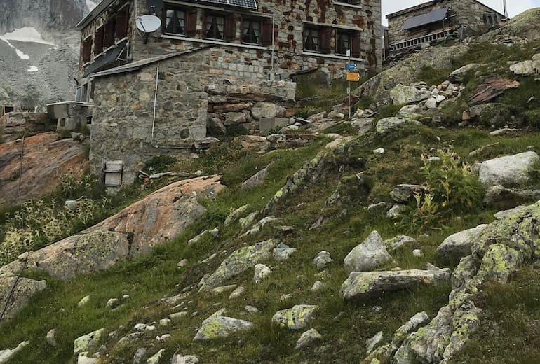 Oberaletsch Hütte