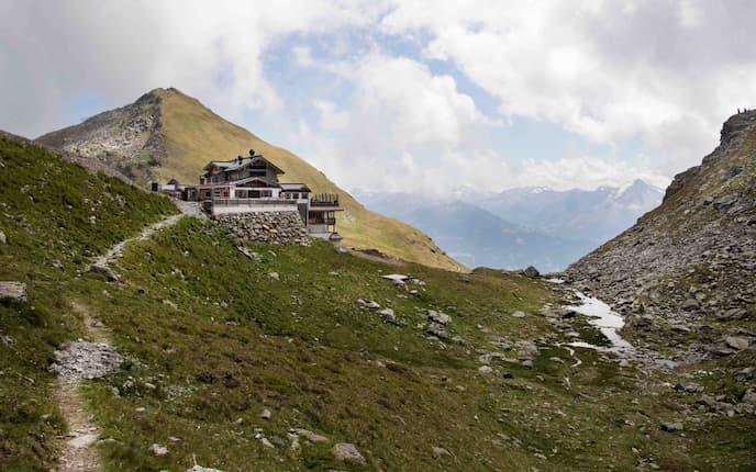 Die Wedelhütte oberhalb von Kaltenbach im Zillertal.
