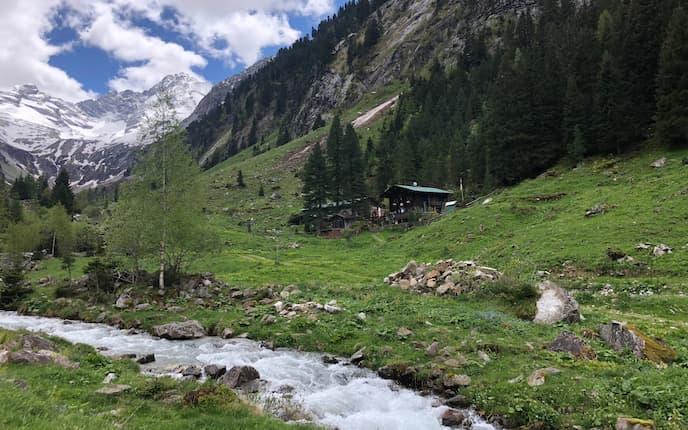 Die urige Maxhütte im Zillertal