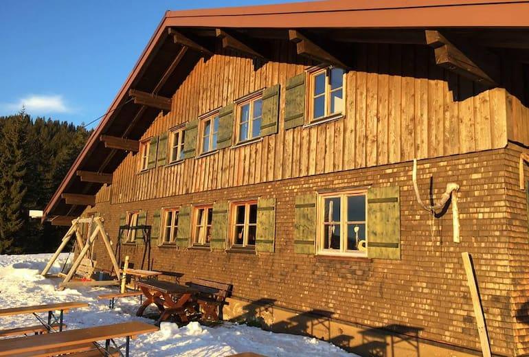 Die Mittelalpe in der Wintersonne