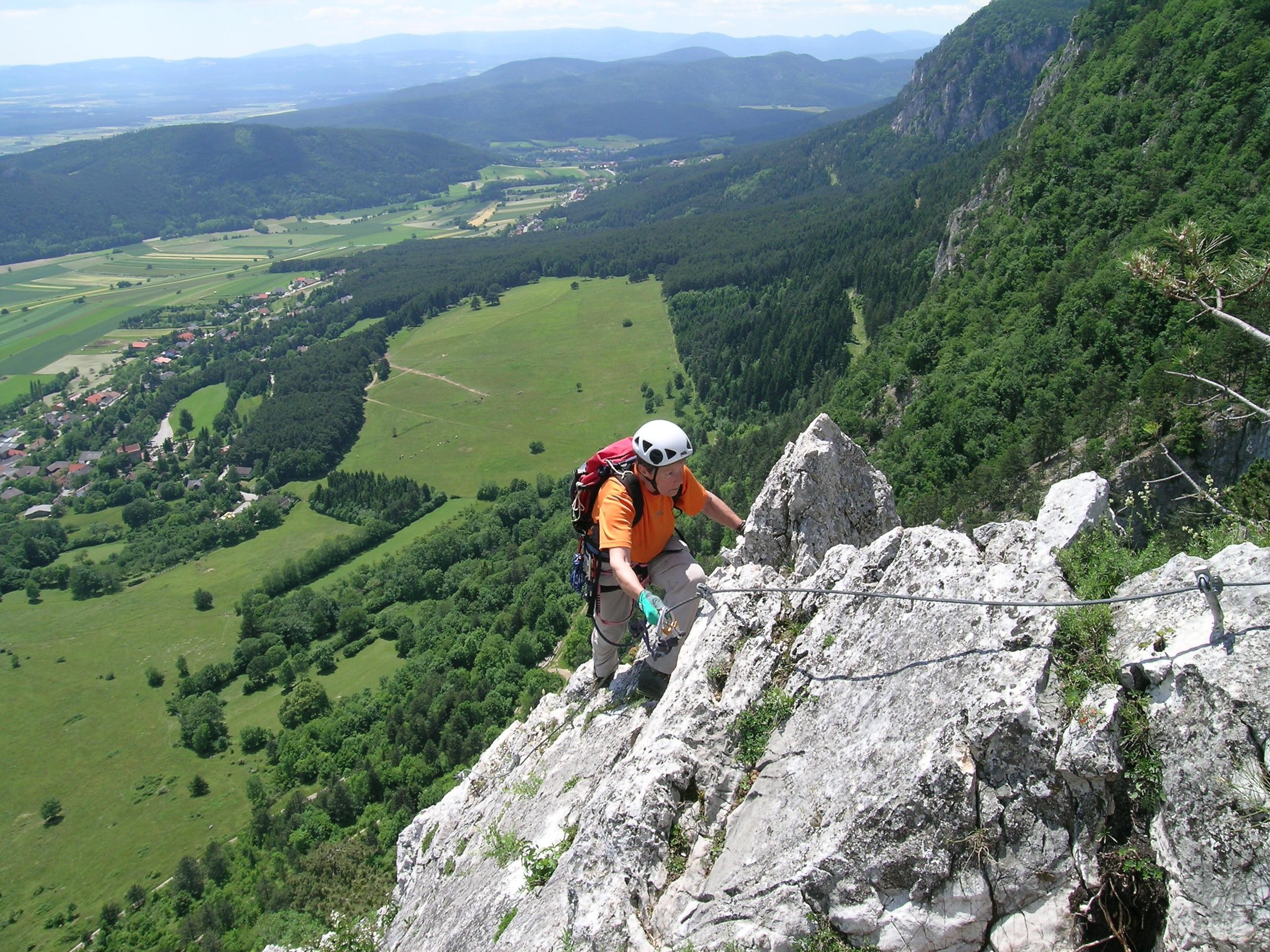 Klettersteig Mödling : Klettersteige mödlinger klettersteig km bergwelten