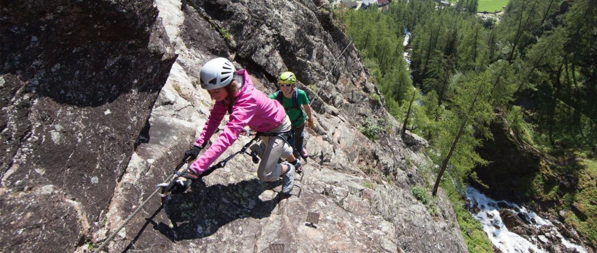 Klettersteig Oetztal : Unsere klettersteigpremiere der lehner wasserfall c im
