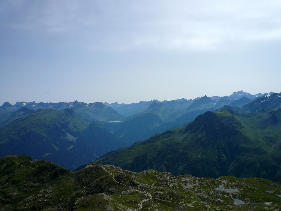 Klettersteig Madrisella : Wandern Über die madrisella spitze ins novatal km bergwelten