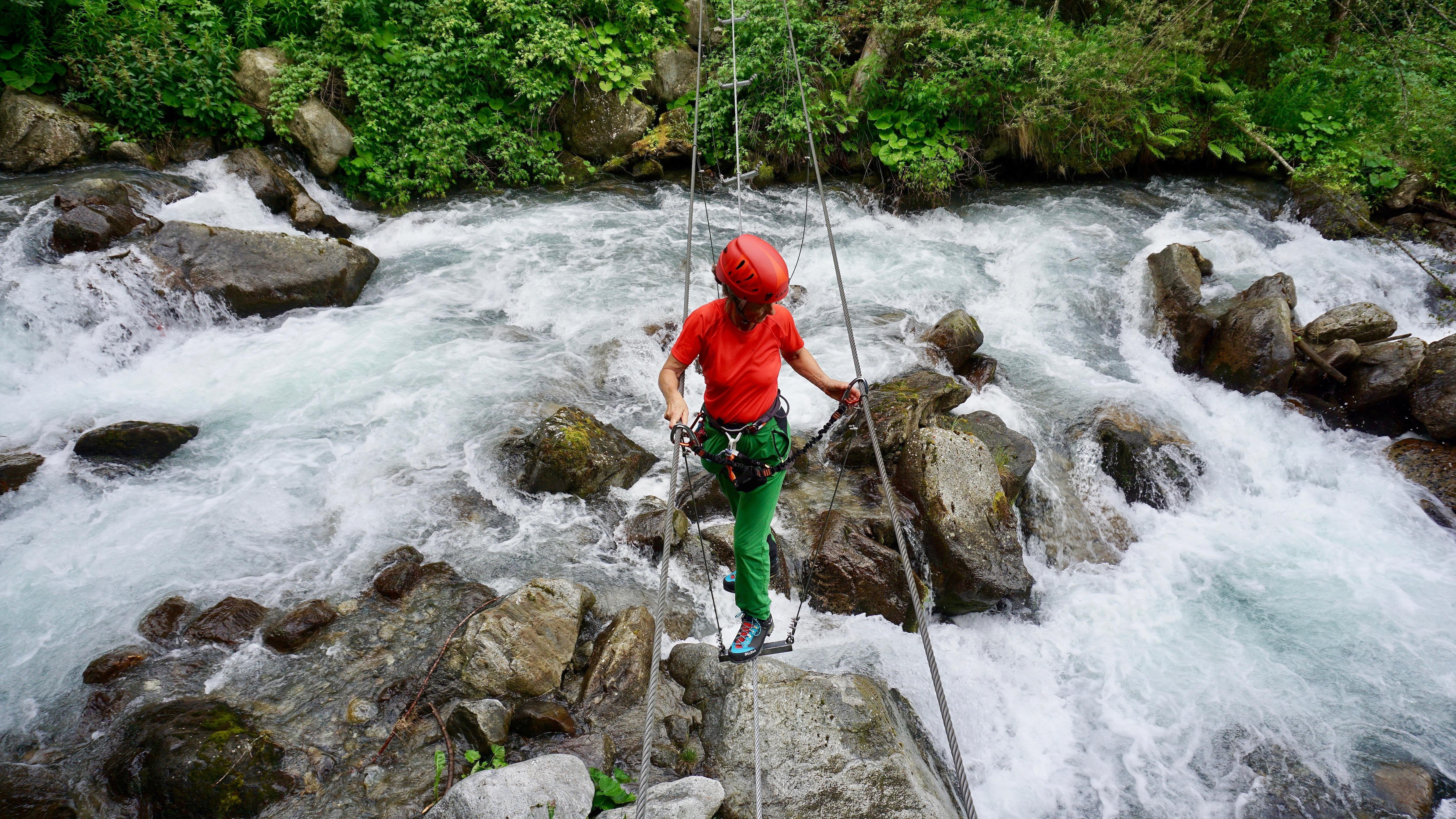 Klettersteig Ehrwald : Klettersteige stuibenfall km bergwelten