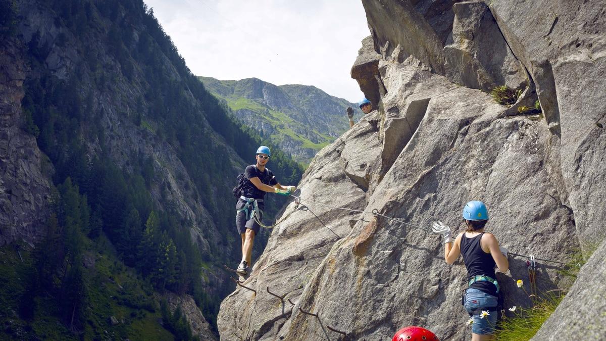 Klettersteig Rating : Klettersteige: klettersteig aletsch 4km bergwelten