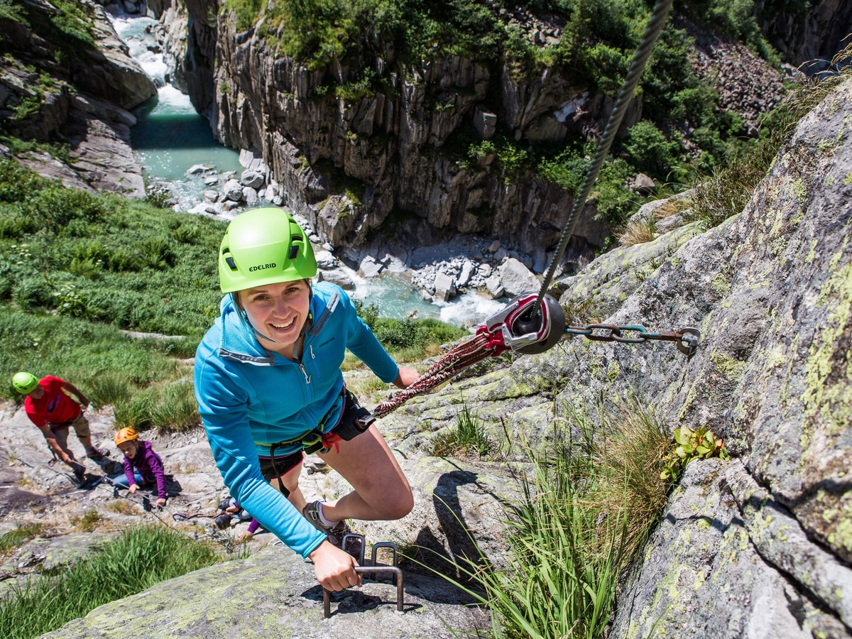 Klettersteig Andermatt : Klettersteige: diavolo klettersteig bergwelten