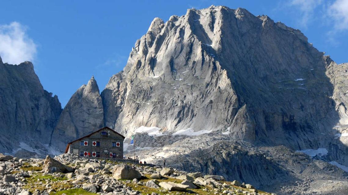 Wandern: Wanderung zur Gianettihütte von Bagni Masino - 17km ...