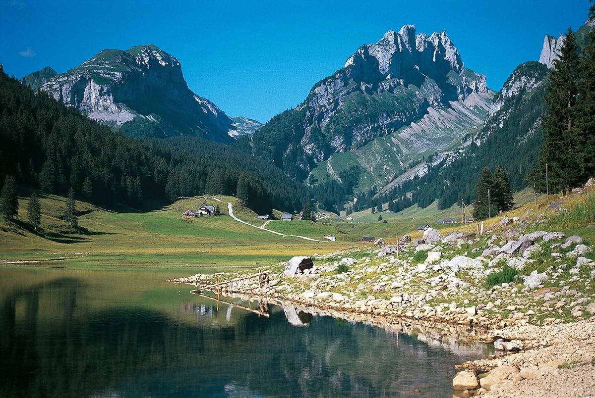 Wandern Brülisau Sämtiser See Hoher Kasten Bergwelten