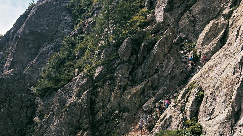 Klettersteig Rating : Wandern: lac blanc über den klettersteig 8km bergwelten