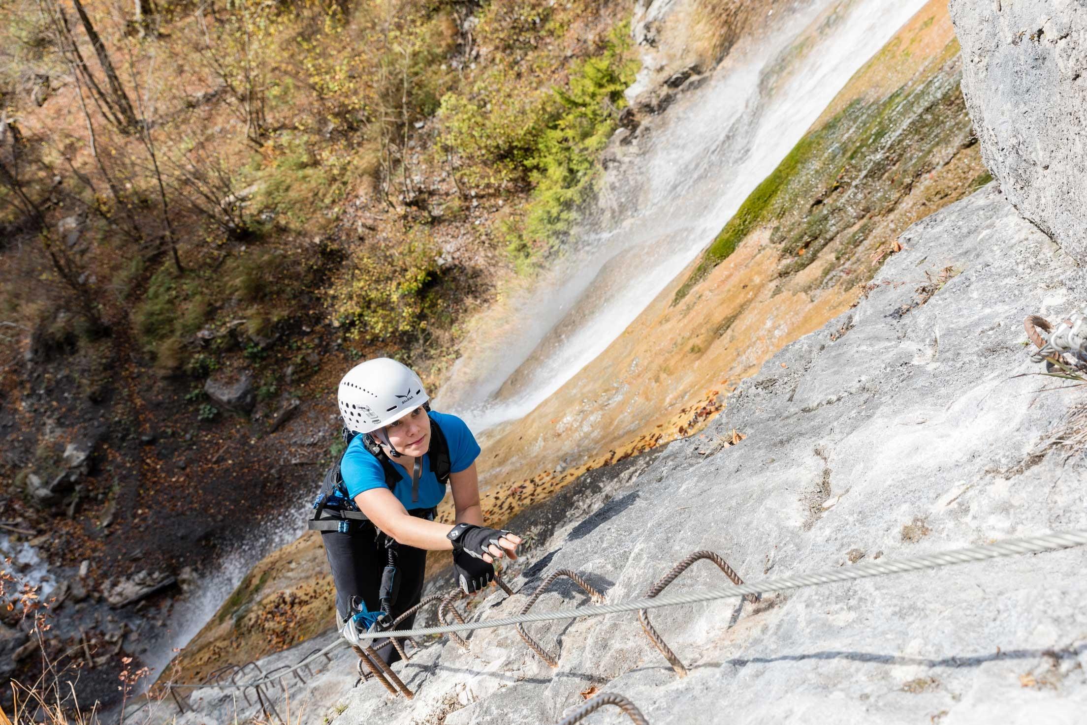 Fallbach Klettersteig Vorarlberg : Klettersteige wasserfall klettersteig km bergwelten