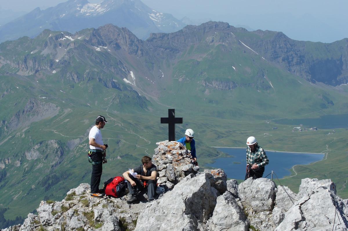Klettersteig Jochpass : Klettersteige: klettersteig graustock 5km bergwelten