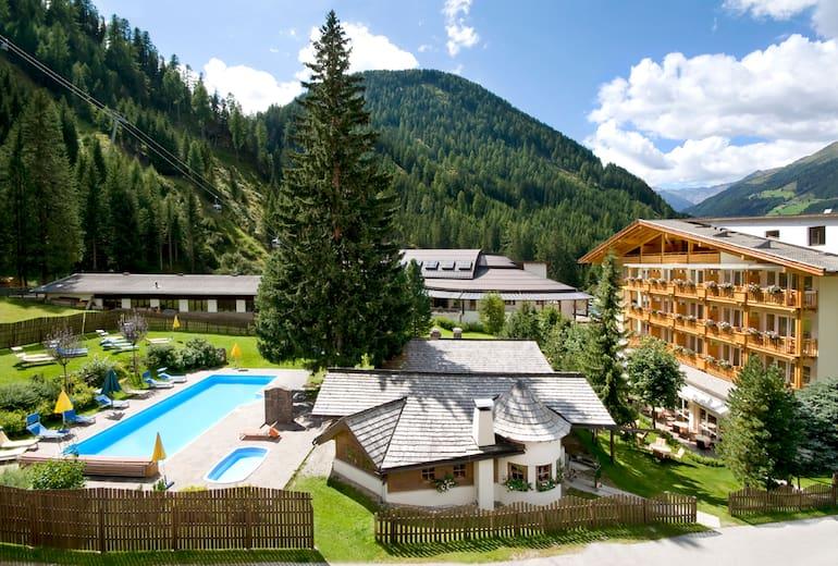 Alpinhotel Jesacherhof Aussen Sommer