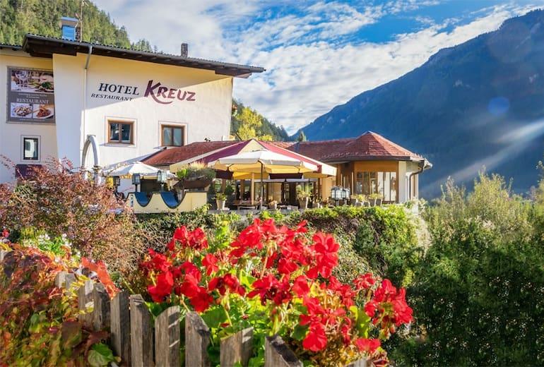 Hotel Kreuz Aussen