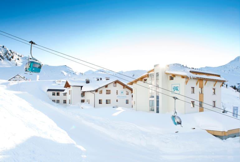 Hotel Maiensee Aussen Winter